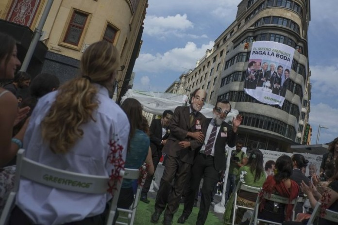 el Día Mundial del Medio Ambiente con una boda múltiple en el